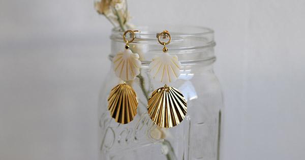 Geschäft Veröffentlichungsdatum Großhändler Perlmutt und Gold Muschel Ohrringe - Perles & Co