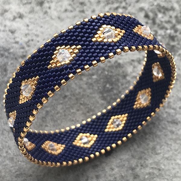 DIY Peyote Armband aus geflochtenem Armband mit Miyuki Delicas ...