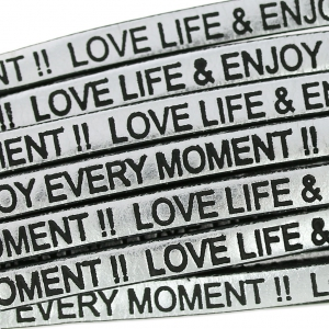 Flaches Lederband Love life and enjoy every moment 5 mm Silver/Schwarz  x30cm