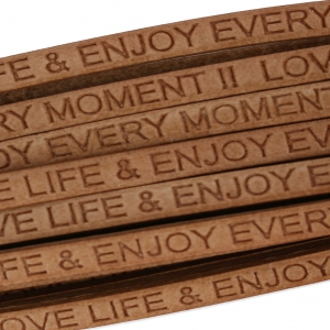 Flaches Lederband Love life and enjoy every moment 5 mm Naturel x30cm
