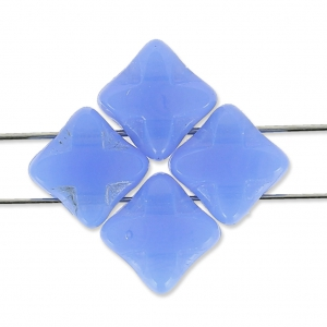 T.C Silky Bead Star 6x6 mm Light Sapphire Opal x50